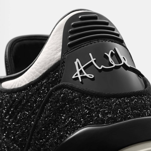 Anna Wintour drukt haar stempel op Vogue-sneakers