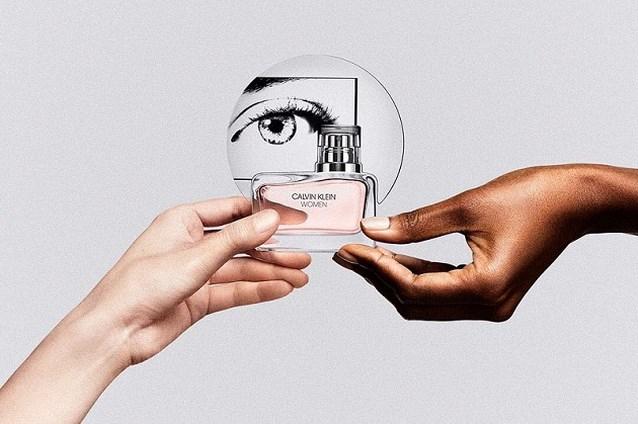 Raf Simons lanceert zijn eerste Calvin Klein-parfum