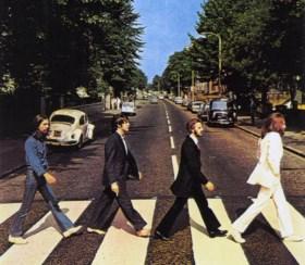 Paul McCartney keert terug naar zijn 'Beatles'-tijd en geeft geheim optreden op iconische locatie in Londen