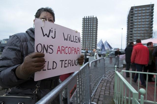 """Belangenvereniging roept gedupeerden op om deal regering niet te aanvaarden: """"Ga niet in op Arco-voorstel"""""""
