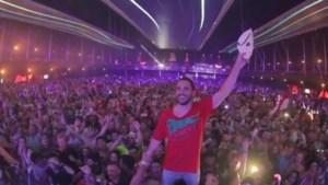 Zo verraste Dimitri Vegas zijn vrouw tijdens dj-set op Tomorrowland