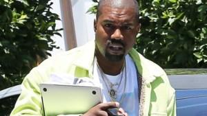Kanye West praat eerlijk over zelfmoord in reeks tweets