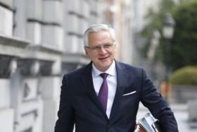 Minister Peeters vraagt Ryanair-topman O'Leary sociaal conflict niet te laten escaleren