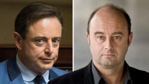 """Broer van Bart De Wever haalt uit naar stadsbestuur: """"Troosteloze urbanistische puinhoop"""""""