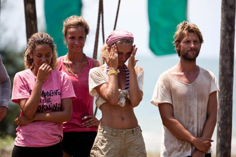 """Bartel Van Riet presenteert Expeditie Robinson: """"Ze kregen een kapmes en daarna: trek je plan"""""""