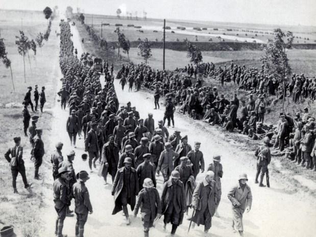 De zwartste dag van de oorlog: een symfonie van duizend kanonnen