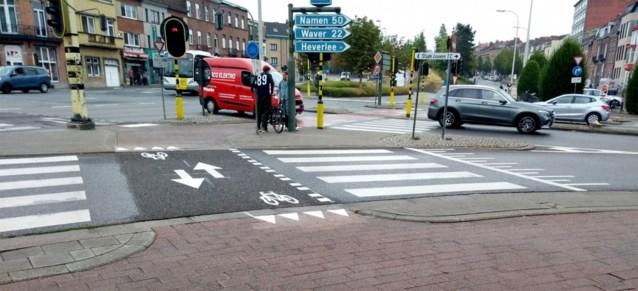 """Vlaamse overheid gunt fietsers geen voorrang meer op kruispunten: """"Dit is levensgevaarlijk"""""""