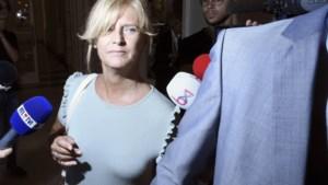 In opspraak geraakte ex-mandatenkoningin Peraita geeft haar mandaten niet aan