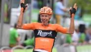 Vroege vlucht verrast peloton in BinckBank Tour: Nederlander Van der Hoorn wint derde etappe voor twee Belgen