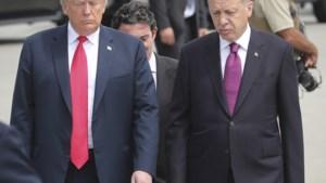 Turkije en VS praten over vrijlating gevangen dominee, lira blijft klappen krijgen