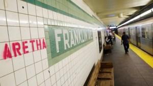 New York eert Aretha Franklin in gelijknamig metrostation