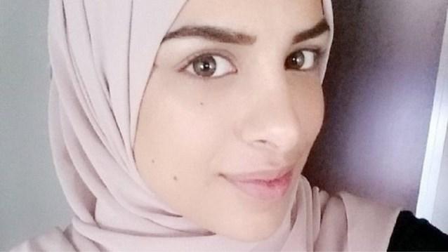 Zweedse moslima die weigerde man hand te geven, krijgt gelijk