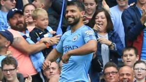 Manchester City kan het ook zonder De Bruyne: Agüero scoort hattrick in 6-1-zege tegen ploeg Depoitre