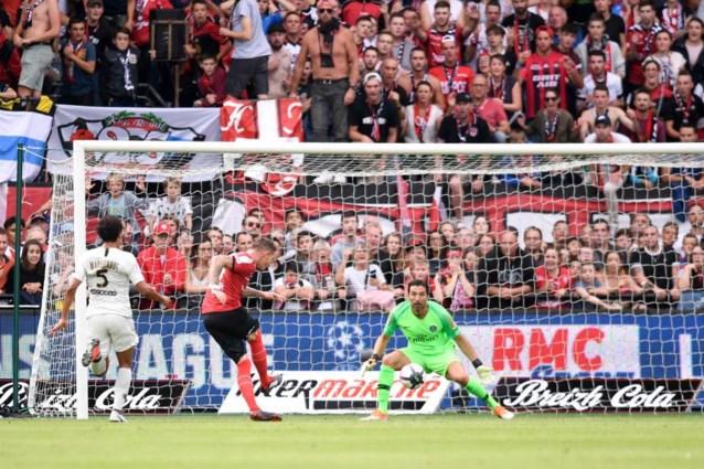 Hij kan het nog steeds: Buffon pakt uit met wereldsave voor PSG