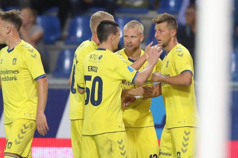 Genk neemt optie op poulefase Europa League onder meer dankzij hattrick van Ali Samatta