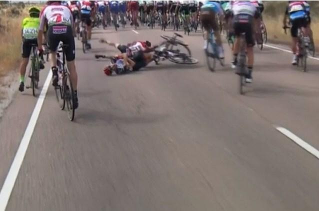Jelle Wallays verschijnt toch aan de start in Vuelta na salto mortale over bewusteloze Petilli