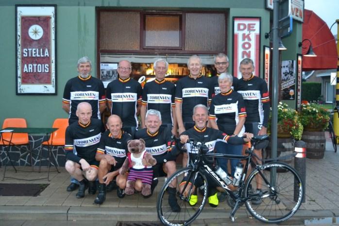 """60-plussers fietsen in 10 dagen 1.500 kilometer in het hooggebergte : """"We moeten toch ergens onze energie kwijt"""""""