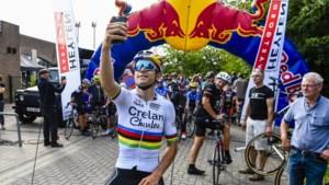 Nederlands charmeoffensief faalt: Van Aert wil nog altijd niet voor nieuwe ploeg koersen (maar oplossing is niet simpel)