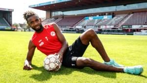 """Ilombe Mboyo schudt bij KV Kortrijk verleden van zich af: """"Anthony Vanden Borre was mijn goede voorbeeld"""""""
