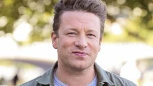 Jamie Oliver als held onthaald nadat hij inbreker tegen de grond werkte