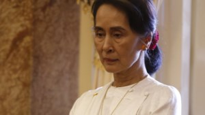 Aung San Suu Kyi verdedigt opsluiten van journalisten