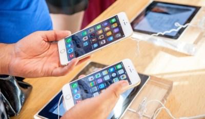 De nieuwe iPhones zijn er, maar wat betekent dat voor je oude toestel? En vallen er nu koopjes te doen?