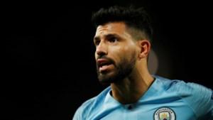 Sergio Agüero wil tien jaar volmaken bij Manchester City en tekent daarom nieuw contract