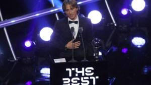 """Modric is """"Speler van het Jaar"""" en verbreekt als eerste tienjarige dominantie van Ronaldo en Messi"""