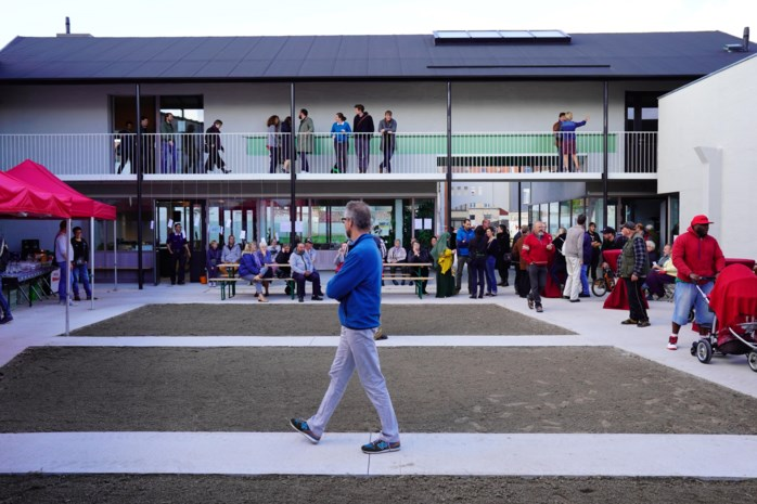 """Ontmoetingsplek op Standaertsite officieel open: """"Nieuw kloppend hart van Ledeberg"""""""
