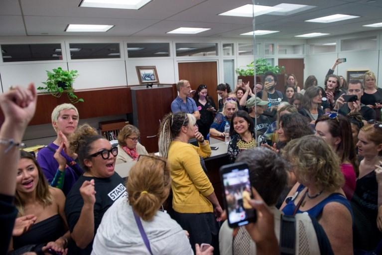 """Het 'liftincident' dat mogelijk een senator beïnvloedde: """"Heeft die vrouw in de lift Amerika gered?"""""""