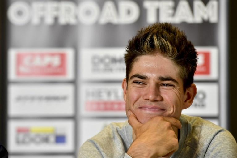 """Wout van Aert stapt in nieuwe veldritploeg, maar: """"Ik kijk nog niet naar de weg"""""""