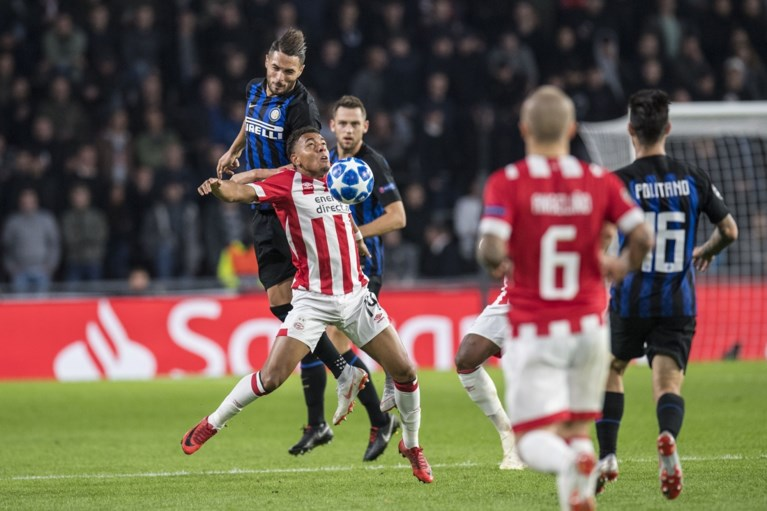 """Begonnen bij Ajax, doorgebroken bij PSV: Donyell Malen schittert nadat Engelse topper hem """"bij het huisvuil"""" zette"""