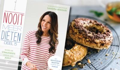 Sandra Bekkari maakt donuts waar je mooi van wordt. Maar onze redactrice werd er niet heel vrolijk van