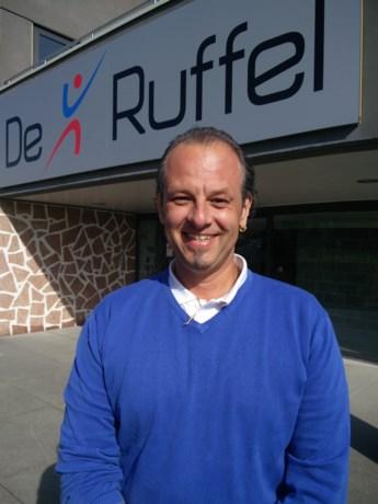 Sacha is de nieuwe zaalwachter in sporthal De Ruffel