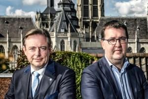 """Van Besien gaat in op uitnodiging van De Wever voor gesprek: """"We zijn geen coalitiekandidaat, maar gaan luisteren naar N-VA"""""""