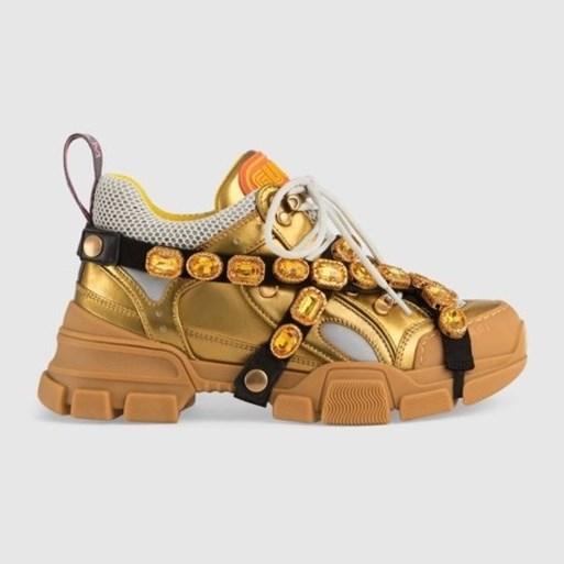 """Gerenommeerd modejournaliste: """"Lelijke sneakers zijn op hun retour"""""""