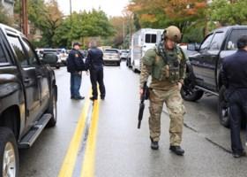 """Schietpartij in Amerikaanse synagoge: """"elf doden"""", 46-jarige dader geïdentificeerd"""