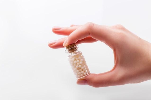 """Grootste ziekenfonds stopt na 15 jaar met terugbetaling homeopathische geneesmiddelen: """"Niet bewezen, niet terugbetaald"""""""