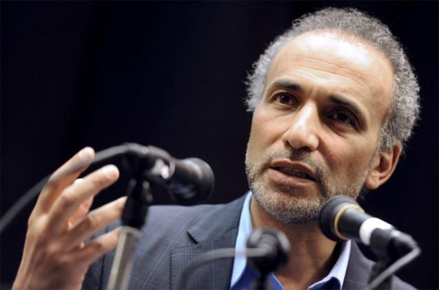 Omstreden islamoloog Tariq Ramadan komt vrij onder voorwaarden
