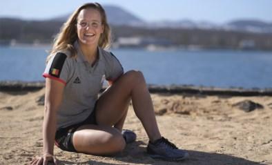 Zeilster Emma Plasschaert ziet zichzelf niet als Sportvrouw van het jaar, ondanks haar wereldtitel