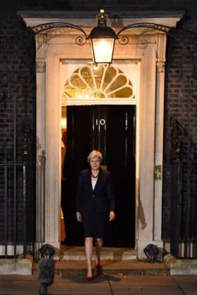 "Overleg in Londen na 5 uur afgelopen, premier Theresa May: ""Kabinet steunt Brexit-plan"""