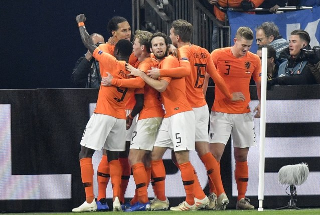 Nederland zet scheve situatie in slotfase recht en mag alsnog naar Final Four van de Nations League