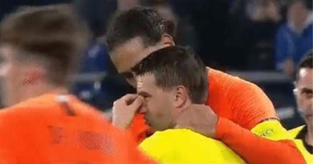 Hij deed heel Nederland feesten maar met prachtig gebaar bracht hij ook scheidsrechter aan het huilen