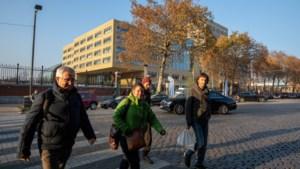 """Elke week overval op ambtenaar in buurt Maximiliaanpark: """"Zie je wel dat het daar gevaarlijk is"""""""