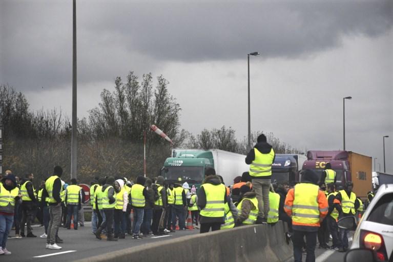 """Gele hesjes komen naar Vlaanderen en vrijdag wordt Wetstraat geblokkeerd: """"België platleggen"""""""