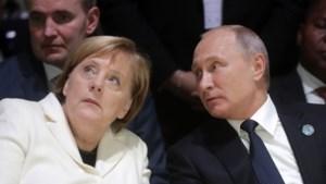 Spanningen Rusland-Oekraïne: Merkel roept op tot kalmte, na gesprekken met Porosjenko en Poetin