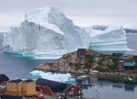 "Studie: Groenlandse ijskap smelt met ""ongeziene"" snelheid"