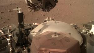 Marslander Insight stuurt adembenemende kiekjes naar de aarde