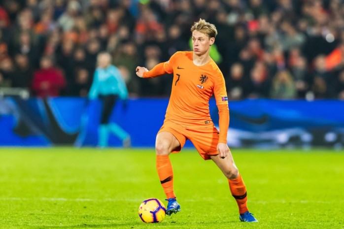 """Amper 21-jarige Frenkie de Jong is het gezicht van de Oranje lente: """"Als hij 10 passes geeft, gaan er 11 naar de goede kleur"""""""