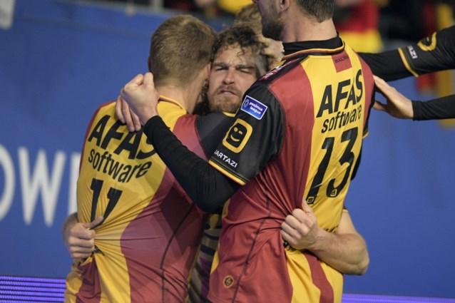 KV Mechelen wint met 1-3 van OHL en legt druk bij Beerschot Wilrijk